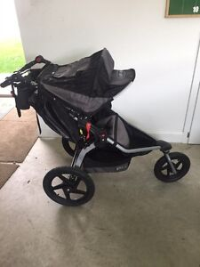 Bob stroller with 4 attachments