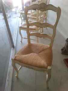 ANTIQUE Set of 4 Shabby Chic French Country Chairs