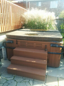 Hot tub For Sale in Ancaster