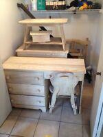 Set de chambre 10 pieces en vrai bois de chene 300$