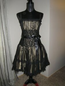 JESSICA MCCLINTOCK LACE PROM BALL GOWN DRESS BLACK GOLD GORGEOUS