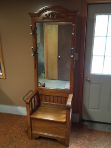 Vintage-style Hall tree with storage bench- SOLD PENDING PICKUP