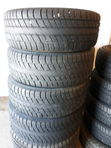 Set of 4 tires uniroyal 225 /55/17