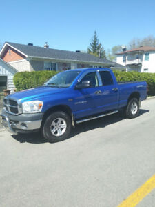 Dodge ram 1500 hemi 2007 a vendre
