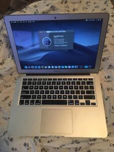 """Mid-2013 13"""" MacBook Air 1.3GHz Core i5 4GB RAM 256GB SSD"""