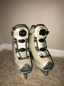 Ice/Hockey skates, CCM, with Boa Fit system, Size:4