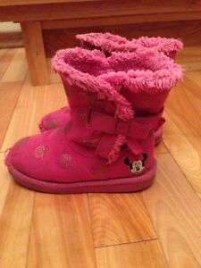 Girls fashion winter boot - size 8;