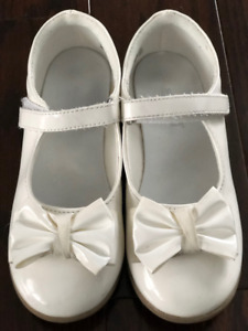 White Girl's Dress Shoes Size 12