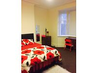Double room near town and universities for £350 a month including all bills