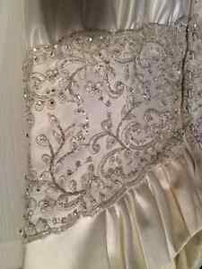 Wedding Gowns Cornwall Ontario image 2
