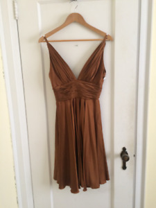 DESIGNER Silk Dress For Sale Size 4 In Great Condition
