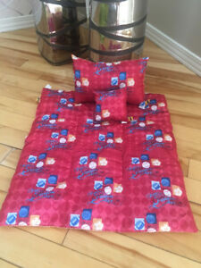 Couverture/blanket et coussins/pillow bleu Build A Bear