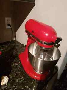 Red kitchen aid stand mixer perfect condition  Edmonton Edmonton Area image 1