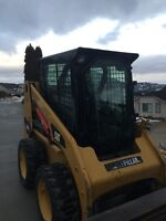 Excellent Condition Cat 226B Skid Steer For Sale