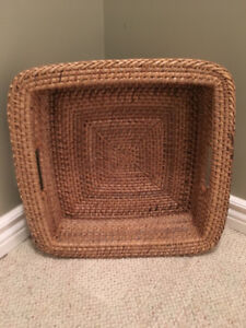 High-Quality Rattan Square Decorative Basket or Breakfast Tray