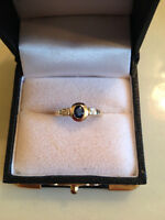 LAST CHANCE: Ladies Yellow Gold Ring with Sapphire and Diamonds