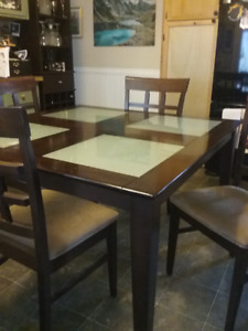dining table & chirs