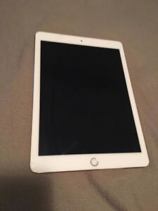 Selling iPad Air 2 32gb - works great with keyboard case