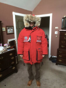 Canada Goose Snow Mantra Large Red