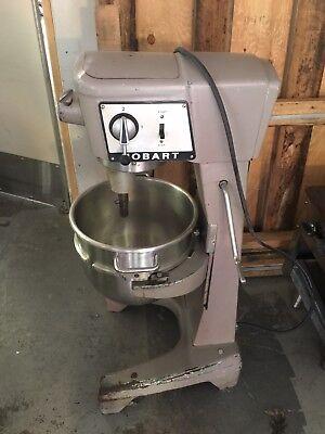 Hobart Mixer D-300 30q Wcheese Grate Bowl Whip
