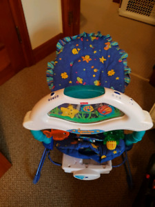 Assorted newborn / infant seats and play tables