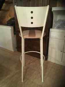 Kitchen counter / bar stools with back - recovered like new Kitchener / Waterloo Kitchener Area image 2
