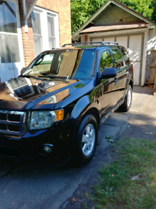 2010 ford escape v6 xlt 4wd a beauty $3950