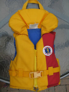 Lil Legends by Mustang life vest