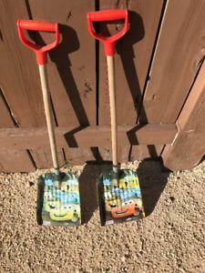 2 Disney Cars Shovels