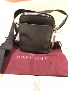 DAVIDOFF SHOULDER BAG *NEW* / SAC D'ÉPAULE DAVIDOFF *NEUF*