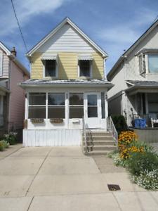 3+ BEDROOM HOUSE: GLENDALE AVE. N.