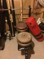 Weight set and heavy bag