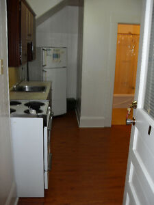 Bachelor in Truro available April 1