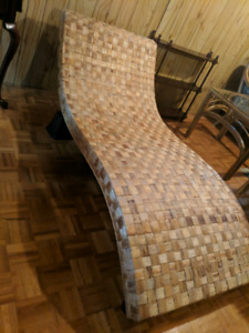 Natural Wicker Chaise Lounge Chair