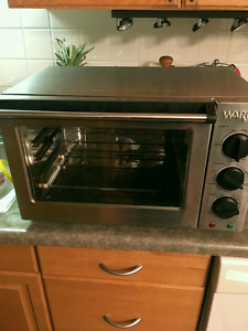 Stainless steel countertop oven