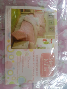 Kids twin bedding set and pictures