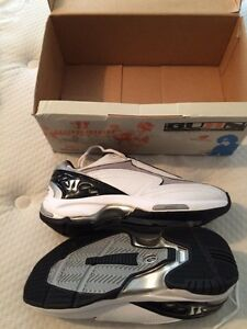 Brand new, Warrior/New Balance Abzorb Lacrosse shoes. Size 7D