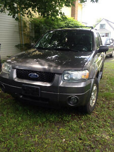 2006 Ford Escape Limited - Great Condition