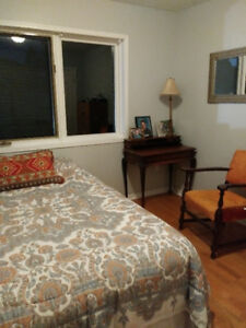 GREAT ROOM FOR RENT IN SOUTH BURLINGTON LOCATION