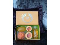 Body shop mango gift set hee