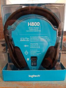 BNIB Logitech H800 wireless headset