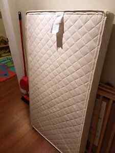 Sleeptek organic crib mattress Prince George British Columbia image 2
