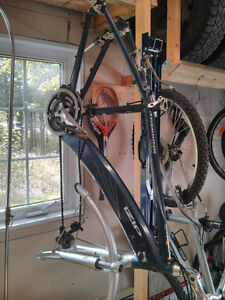Cadre de vélo électrique IZIP Trkking Enlightened