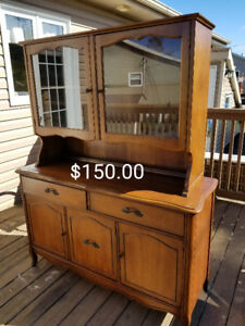 Buffet and Hutch Style Cabinet