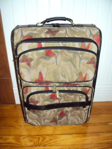 Americana Butterfly Suitcase 26 x 17 x 11 inches