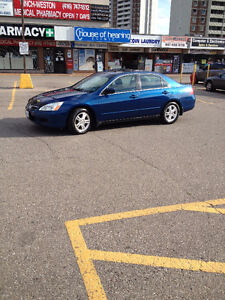 1 Owner 2006 Honda Accord SE, Auto,$$ 4300. Immaculate.