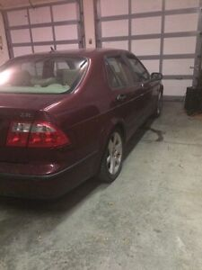 2003 Saab  9-5 ! Turbo  500$ selling for parts only. !   London Ontario image 3