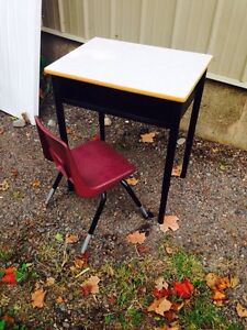 Adjustable School Desk and Chair 4 Available, $25 each firm