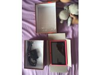 Million gadgets tablet 7 inches ( nearly new)