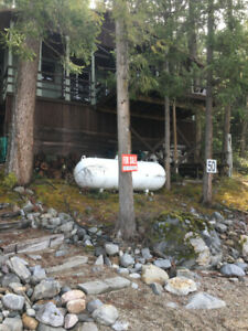 CABIN FOR SALE ON SHUSWAP LAKE, BC